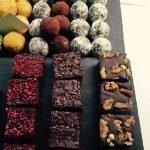 Blowing Dandelion: Brownies & raw vegan truffles